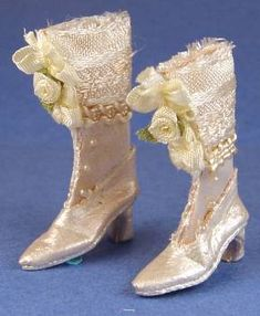 The Doll's Cobbler miniature shoes