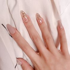 Korean Nail Art, Korean Nails, Asian Nail Art, Chic Nails, Stylish Nails, Nail Manicure, Nail Polish, Gem Nails, Milky Nails