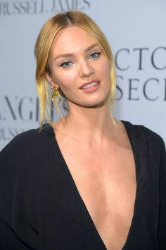 Candice Swanepoel's Day-to-Night Hair: Taking a Trend From the Runway to the Street – Vogue