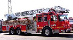 LACoFD Truck 162 - Quint - Ladder