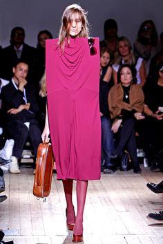 Maison Margiela Spring 2011 Ready-to-Wear Fashion Show - Katja Verheul (NATHALIE)