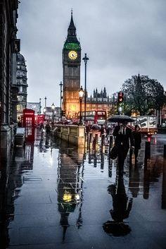.~London in the rain, England~.