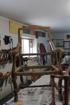 Restauración de frailero #cursos #madrid #reciclaje #restauracion #dorado #barnizado #escuela #master #online #pinturadecorativa
