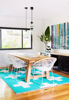 If you want to change things up in your studio, we asked several designers how to use bright colors in small spaces.