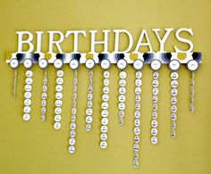 You will never miss a birthday again with this Wooden Family Calendar Wall Hanging. It's an easy diy and you will love the results. Birthday Calendar Board, Family Birthday Board, Birthday Wall, Diy Birthday, Family Calendar Wall, Birthday Reminder, Family Birthdays, Craft Night, Diy Projects To Try