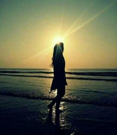Alone Boys Girls Images Photo Pics Wallpaper for Whatsapp Alone Images - Good Morning Images Girly Pictures, Poses For Pictures, Girly Pics, Face Pictures, Sunset Pictures, Alone Photography, Girl Photography Poses, Creative Photography, Good Morning Photos