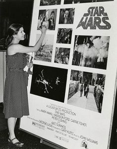 """"""" Carrie Fisher (1977) www.stores.eBay.com/GrapefruitMoonGallery """" Carrie Fisher 1977, Carrie Fisher Family, Carrie Frances Fisher, Stargate, Alec Guinness, Princesa Leia, Han And Leia, Solo Photo, Debbie Reynolds"""