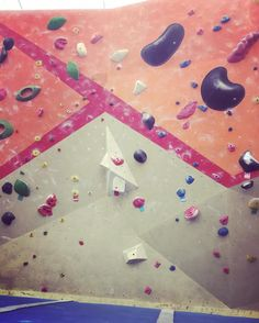 New day new #bouldering problems! #climbing #training