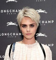 25 Easy Summer Hairstyles to Wear Now Cara Delevingne's Tousled Pixie Easy Summer Hairstyles, Bob Hairstyles For Fine Hair, Short Pixie Haircuts, Celebrity Hairstyles, Shaggy Pixie Cuts, Blonde Pixie Haircut, Pixie Haircut Styles, Messy Pixie Haircut, Women Short Hair