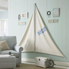 Seesegel-Wohnzimmer-maritime-Look-Deko-selber-machen-interessante-wandgestaltung-sofa
