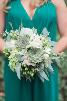 To Crave A Mint Themed Wedding Succulents in my bouquet? 51 Reasons To Crave A Mint Themed WeddingSucculents in my bouquet? 51 Reasons To Crave A Mint Themed Wedding Green Wedding, Floral Wedding, Fall Wedding, Wedding Colors, Trendy Wedding, Mint Wedding Flowers, Mint Flowers, Wedding Stage, Succulent Bouquet