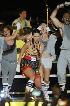 Katy Perry performing 'Roar' live at the 2013 MTV Video Music Awards in Brooklyn, New York. | MTV Photo Gallery