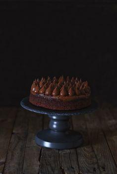 Brownie with chocolate coffee cream Chocolate Shop, Like Chocolate, Chocolate Coffee, Chocolate Cake, Mini Cakes, Cupcake Cakes, Coffee Brownies, Cheap Coffee Mugs, Chocolate Caliente