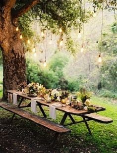 Whitney Port - Pretty Outdoor Tablescapes - love the bare wood