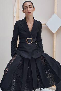 Gabriela Hearst Resort 2020 Fashion Show - Vogue Fashion Mode, Fashion Week, Fashion 2020, Look Fashion, Couture Fashion, Fashion Outfits, Womens Fashion, Fashion Design, Fashion Trends