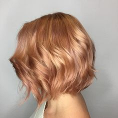 Add a hint of rosy tones to your #AvedaBlonde for a warm, pretty and work-appropriate way to play with #AvedaColor. Color by #AvedaArtist @visualhaircolorist. - - - - - - #aveda #pinkhair #instahair #instabeauty #rosegoldhair #rosegold #blonde