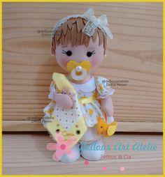 Outubro foi o mês dessa menininha pra lá de fofa! A Baby Canarinho!! Nasceu especialmente para uma outra menininha, a Cora Canário@co...