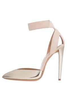 www.armani.com, Emporio Armani, bride, bridal, wedding, wedding shoes, bridal shoes, haute couture, luxury shoes