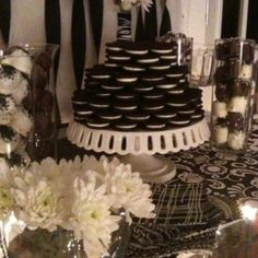 Black & White Party: dessert table