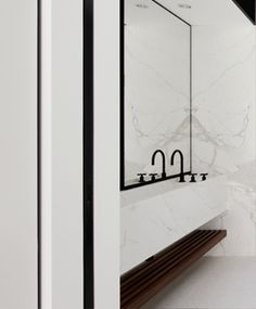 bathroom // marble