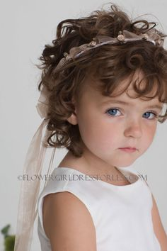 For Baby Fiona (Ribbon head wreath; looks soft and comfortable, for the little ones)