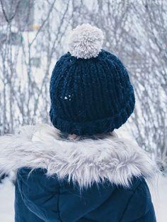 Enkel stickad mössa Winter Hats, Tips, Fashion, Moda, Fashion Styles, Fashion Illustrations, Counseling