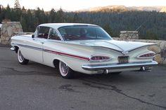 1959 Chevrolet Impala - Mom had this very same gorgeous Impala!