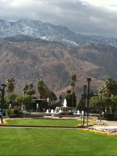 Another view of the exit at the Palm Springs Airport, and snow on San Jacinto Mountain