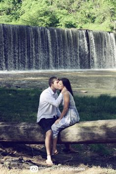 Engagement Photography. Stone Blue Productions.