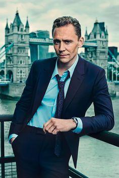 Tom Hiddleston photographed by Charlie Gray. ShortList Magazine - October 2015 http://www.shortlist.com/entertainment/films/tom-hiddleston-and-one-seriously-cool-cat  Full size image: http://ww2.sinaimg.cn/large/6e14d388gw1ewt01468gzj20r814tn25.jpg Source: Torrilla, Weibo