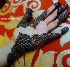 Beautiful intricate henna mehndi