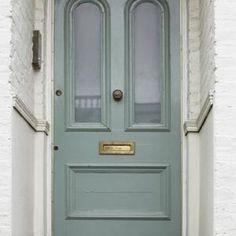 fung shui east facing front door green or wood :) Green!