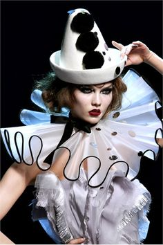 Modern Clown :: Clown Fashion - Christian Dior Haute Couture 2011/12