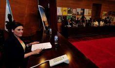 """CORES DE CAMBADOS: A """"PRENSA"""" DA DEREITA MANIPULA MAL, MOI MAL"""
