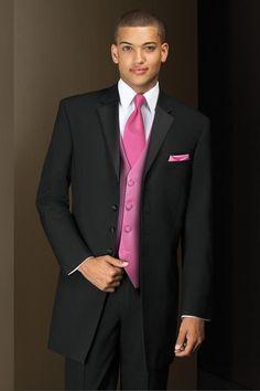 prom-tuxedo-black-savannah-834-1.jpeg (640×960)