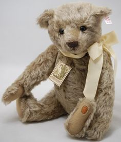 Steiff Antique Roadshow Bear # 2 reproduction I { Maggie B } have this ted....