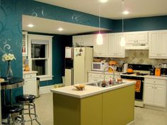 I love this accent wall!    Budget Kitchen Updates! {Accent Wall and Faux Painted Backsplash!} | Sawdust and Embryos