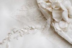I #tessuti per l'Abito da #Sposa http://www.nozzemag.it/tessuti-labito-da-sposa/ #abitidasposa #matrimonio #nozze