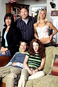 8 Simple Rules. I remember watching this episode and wanting Bridget's shirt #throwback