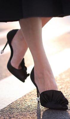 98db86de6a14 Roger Vivier Fab Shoes