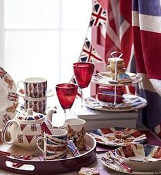 We love this table set by Marks and Spencer. Save on M&S homeware and get £5 off voucher code http://voucherful.co.uk/marks-spencer