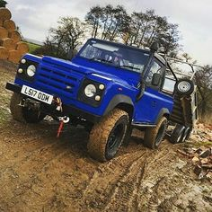 """""""24 years old and still more than capable of earning her keep"""". By @jayb_defender90 #landrover #defender90 #landroverdefender #landroverphotoalbum #4x4 #offroad"""
