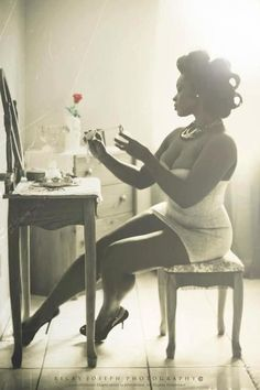 70 Ideas Photography Poses Women Boudoir Pin Up For 2019 Poses Boudoir, Boudoir Photos, Boudoir Photography, Photography Ideas, Plus Size Photography, Photography Lighting, Photography Backdrops, Beauty Photography, Portrait Photography