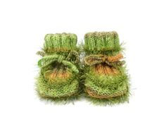 Hand Knitted Baby Booties  Light Green 3  6 by SasasHandcrafts, $17.00