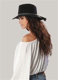 Gorgeous!  ále by Alessandra Cavalo Felt Hat w/ horse tail Trim #alehatscollection #felthats #fallstyle