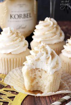 Champagne Cupcakes, buttercream, champagne, cupcake, dessert, food, recipe, baking