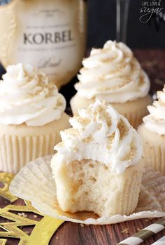 New Years Champagne Cupcakes, buttercream, champagne, cupcake, dessert, food, recipe, baking