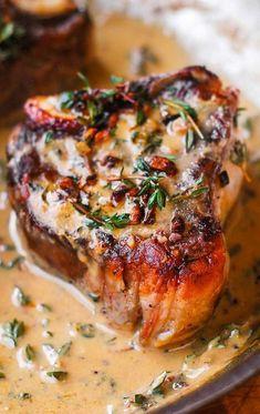 Lamb Chops Marinade, Lamb Loin Chops, Lamb Chops Oven, Baked Lamb Chops, Roasted Lamb Chops, Cooking Lamb Chops, Smoked Pork Chops, Grilled Lamb Chops, Lamb Shoulder Chops