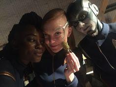 Oyin Oladejo as Joann Owosekun, Emily Coutts as Keyla Detmer & Sara Mitich as Airiam - Star Trek: Discovery (2017) (2048×1536) #robot #android #cast