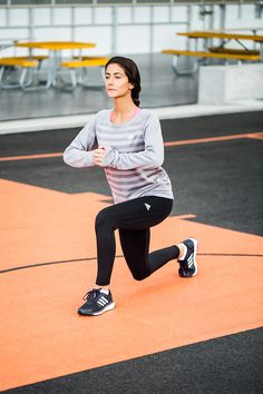 Perform a reverse lunge on the same side by taking a big step back with your right leg and lowering into a lunge. Those three lunges combined equal one rep. Immediately move into the next set, and continue alternating in a clockwise pattern for a total of 50 seconds.   After a 10-second break, repeat the exercise on your left leg for another 50 seconds — you'll be halfway through the routine.